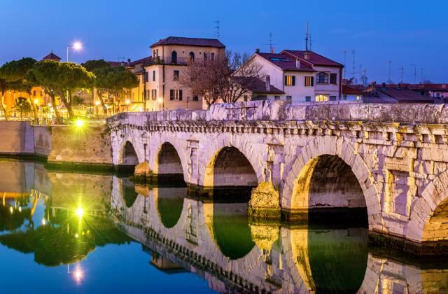 VISITES dans l'arrière-pays romagnole et dans la ville historique de Rimini